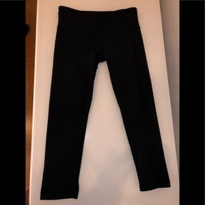 Lululemon Capri Leggings 4